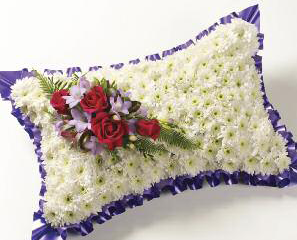 cushion-pillow-elegant