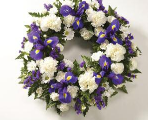 wreathes-blue-white