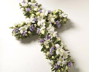 Crosses Petite - £90