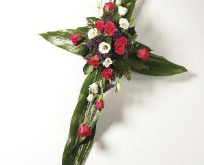 Crosses Rose & Foliage - £45